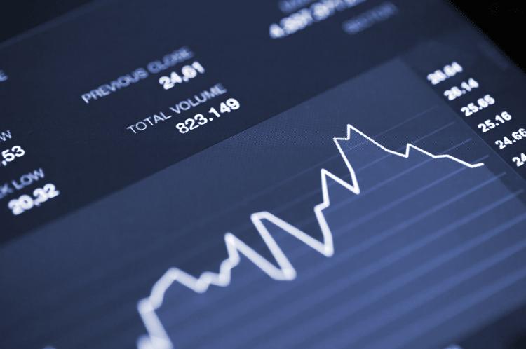 Según Jaume Bonet, director de los programas master en la área de finanzas, las especializaciones de corporate finance e investment banking mejorarán la empleabilidad de los graduados.