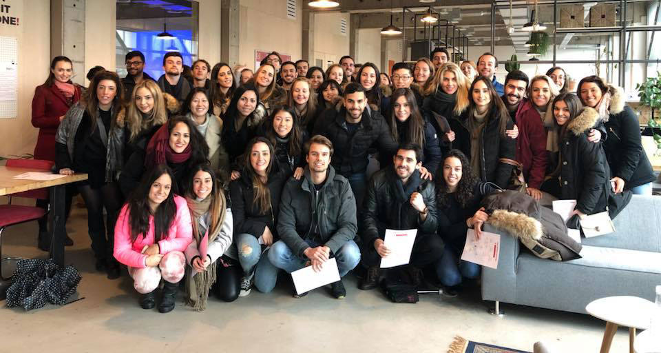 52 participantes del International Master in Marketing viajaron hasta Ámsterdam con motivo de su viaje internacional.