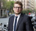"""Nuestro Alumni de finanzas, Sergejs Saveljevs: """"Pongo en práctica lo aprendido todos los días"""""""